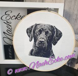 Stickrahmen mit Motiv Labrador